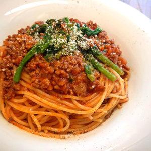 菜の花と自家製ミートソースのスパゲッティ